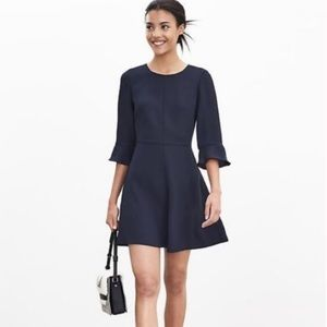 Banana Republic 3/4 Sleeve Flutter Sleeve Dress